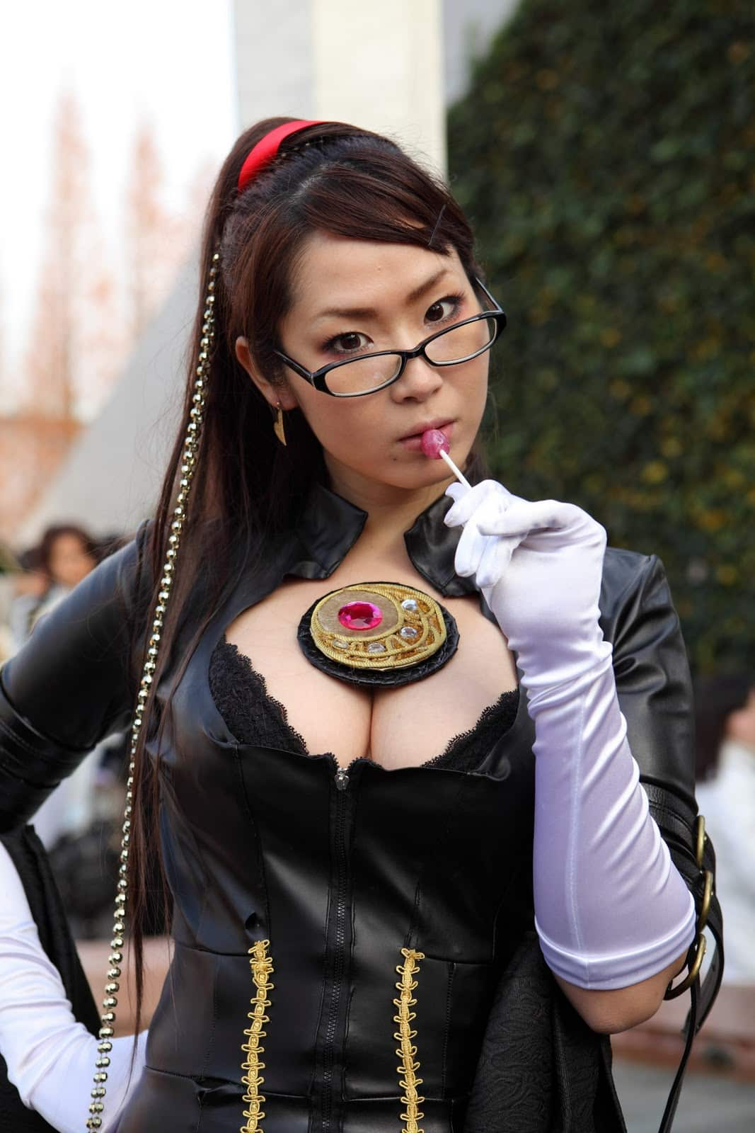 85618971_Sexy-Cosplay-Girl-in-Tokyo-2